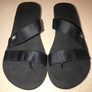 Teva Sandals Black Size 9